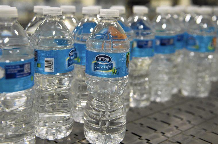نقش آب معدنی برای آینده