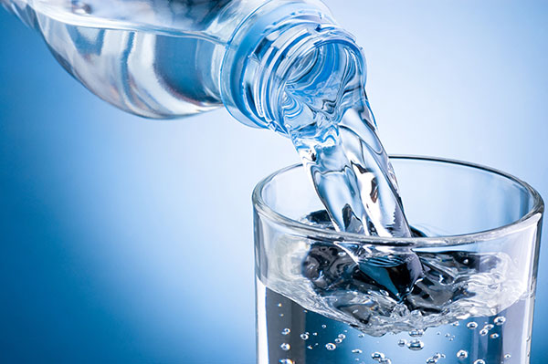 نکات کلیدی در فواید نوشیدن آب معدنی در بدن