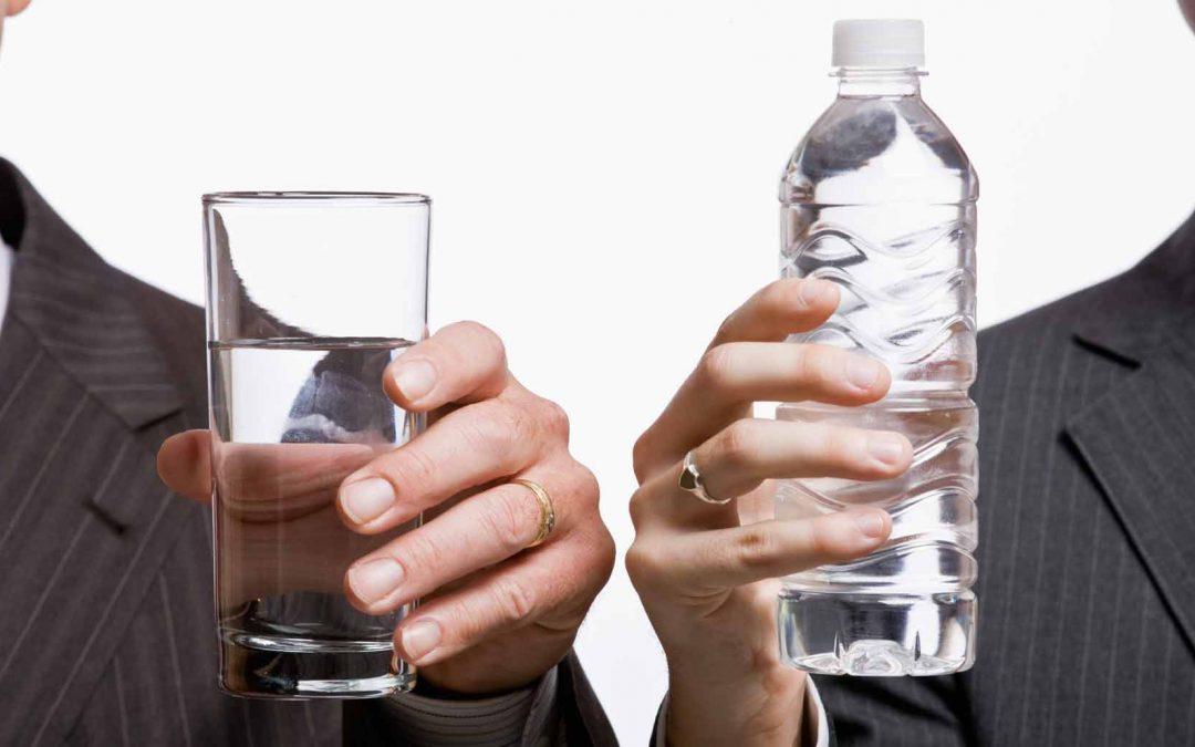آب معدنی بنوشیم یا آب آشامیدنی