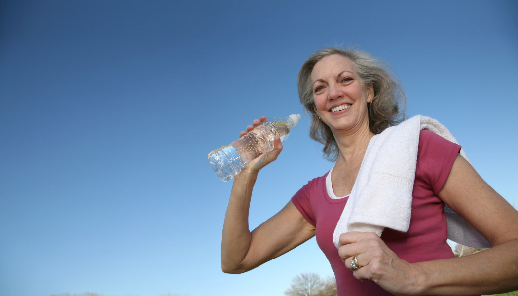 آیا سلامت قلبمان را با نوشیدن آب معدنی سالم تضمین می کنیم؟