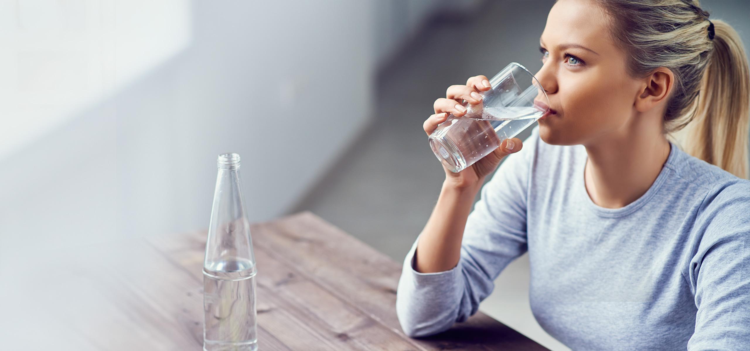 کیفیت و ویژگی آب آشامیدنی