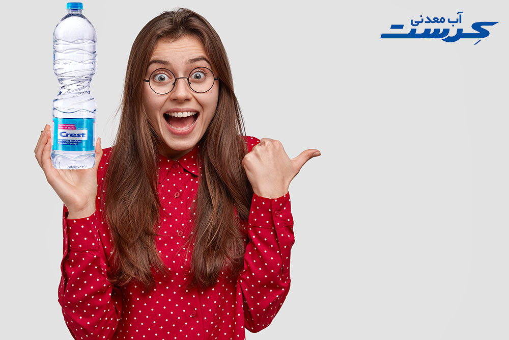 چرا با نوشیدن آب وزن کاهش پیدا می کند؟