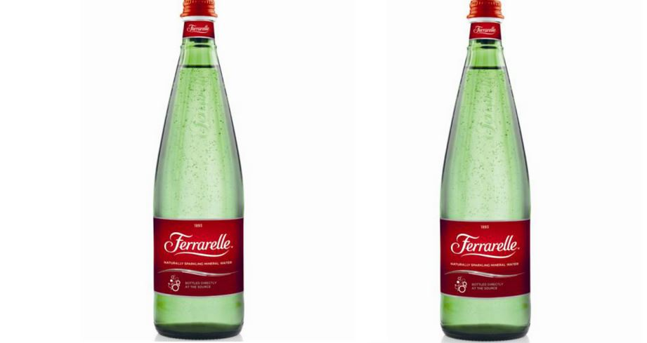 آب معدنی برند Ferrarelle Naturally Sparkling Mineral Water