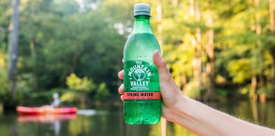 آب معدنی برند Mountain Valley Spring Water